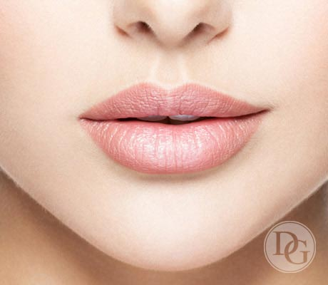 PERMANENT MAKE-UP - Lippenkontur